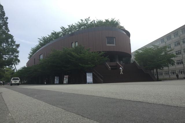 "<img src=""kansai-univercity-common story4"" alt=""関西大学あるある"">"